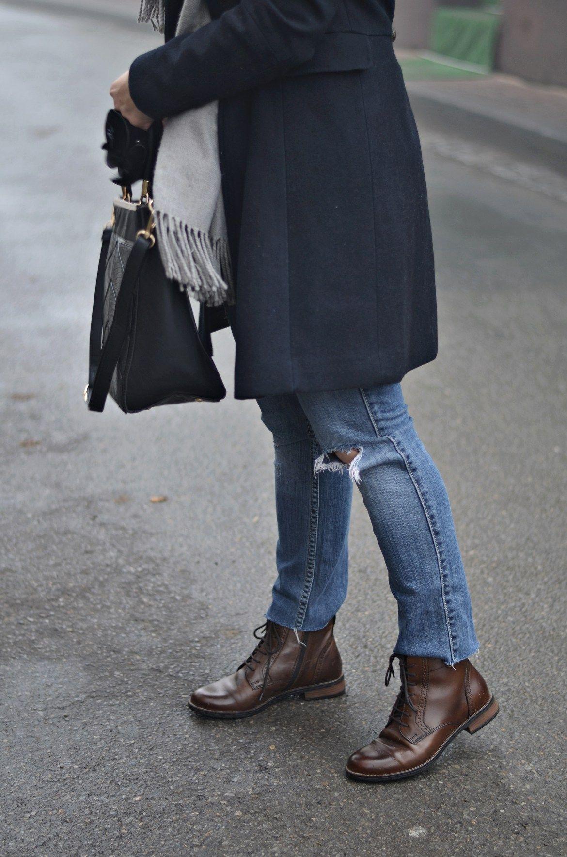 Propozycja Stylizacji Z Eleganckimi Botkami Modne Botki Skorzane Sylwetta Fashion Normcore Style