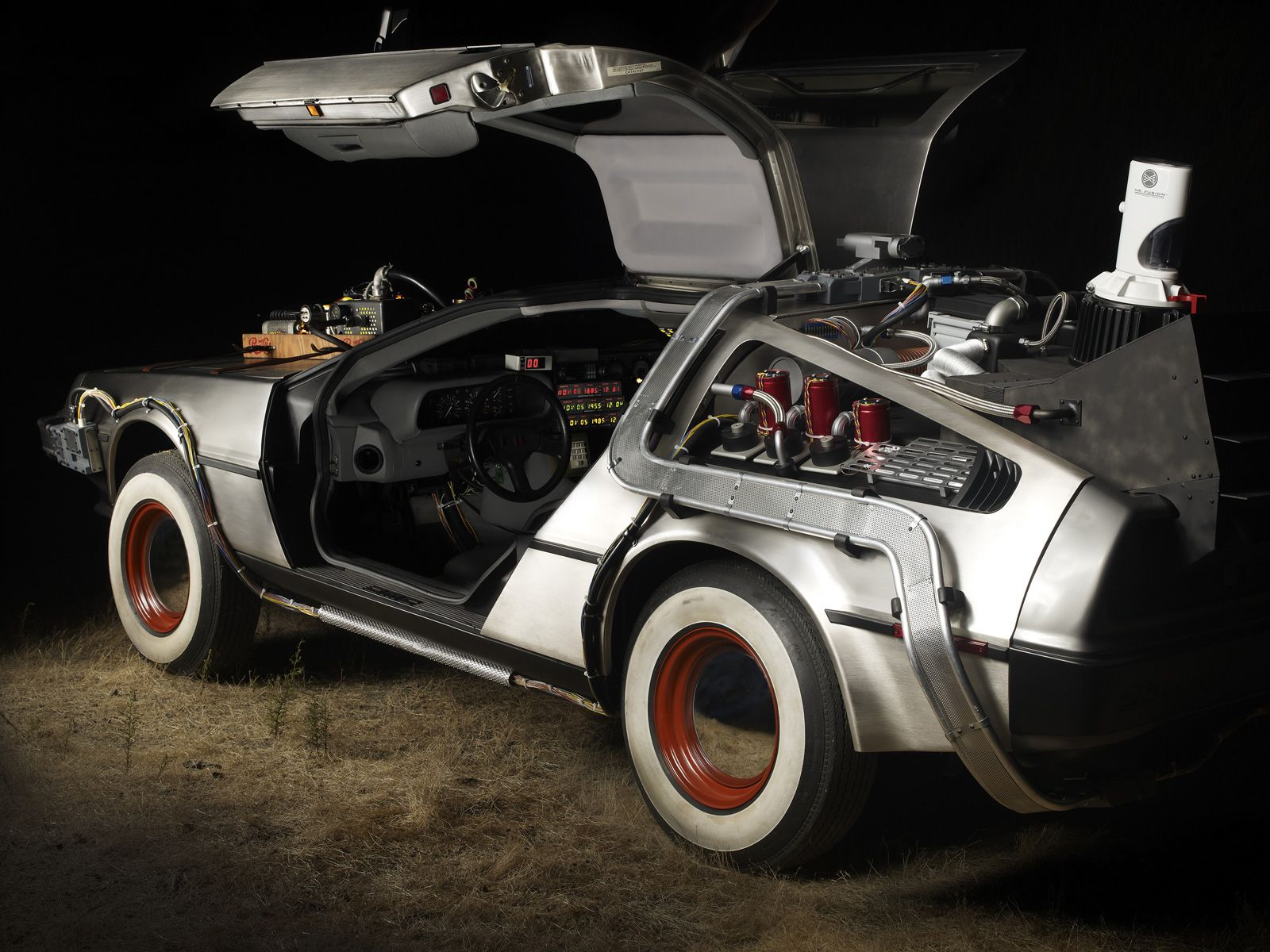 DeLorean DMC-12 time machine with the whitewall tires from ...