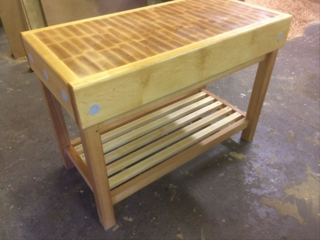 Maple Butchers Block Special Offer On Gumtree 4ftx2ft Its Own Price An Alloy Stand Can Be Bought Separate For 1