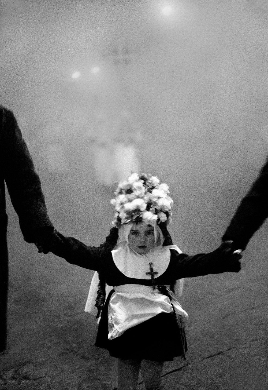 Venerdì Santo, Enna, 1963 di Ferdinando Scianna Anno: 1963