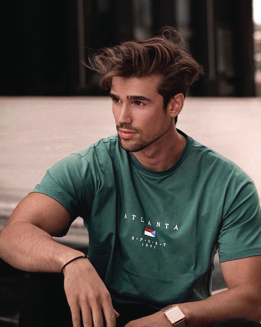 Hair Bello On Instagram Messy Hair Don T Care Combine Mattclay Wax And Kryptonite Spr Photography Poses For Men Mens Photoshoot Poses Men Haircut Styles