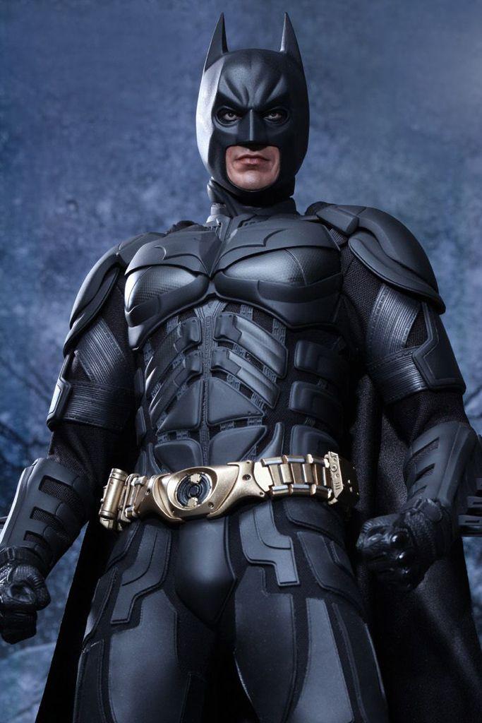 The Dark Knight Rises Batman 1 4 Scale Figure By Hot Toys Con