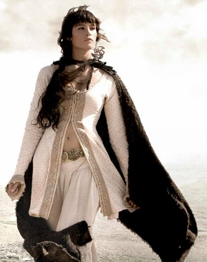 Pin By Esther Iskandar On Fairy Tale Queen Princess Fantasy Clothing American Indian Girl Prince Of Persia
