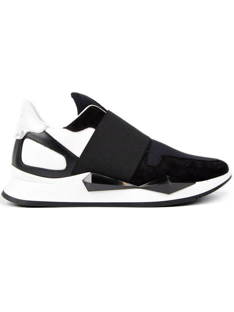 Givenchy Black & White Studded Oversized Sneakers IJ40j