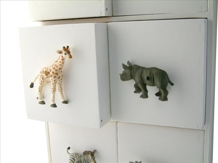 Kids Safari Bedroom Giraffe and Rhino Animal Drawer Knobs ...