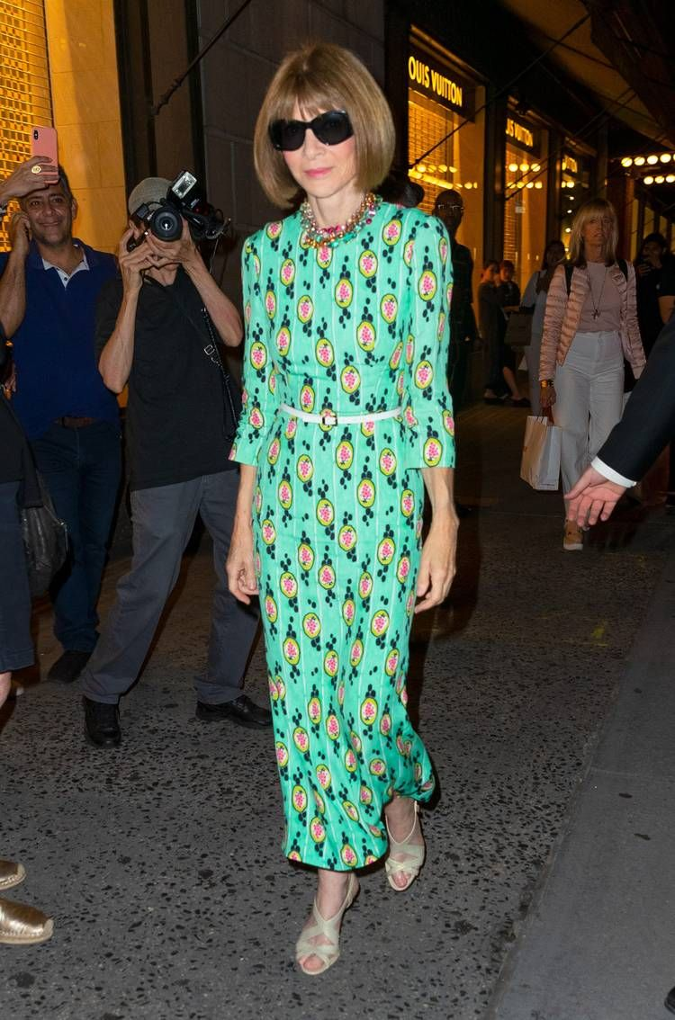 Anna Wintour's Fashion Week Outfits From the Last 20 Years | Who What Wear UK