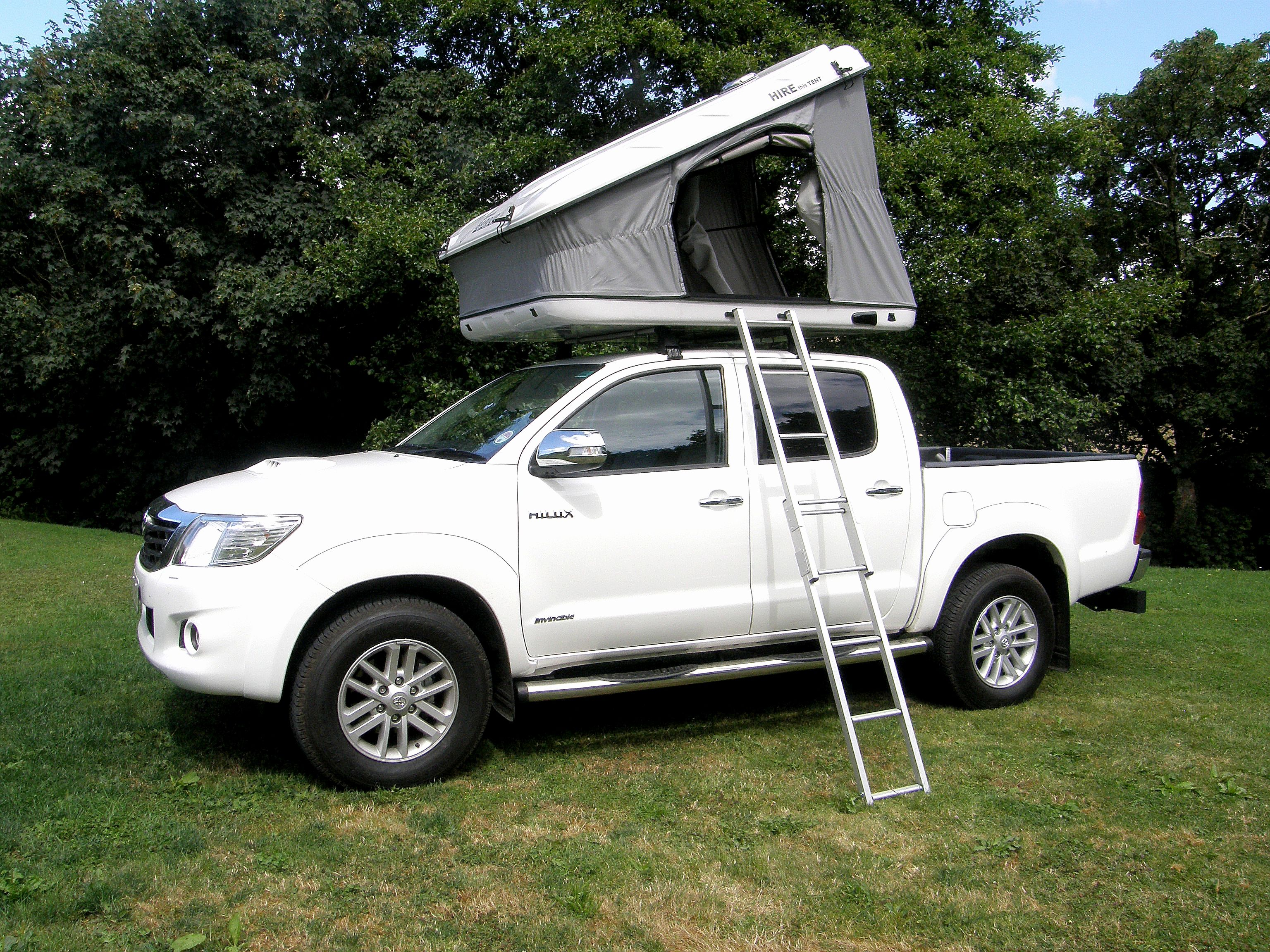 This is the Discovery Space Evolution Tent on top of our brand new Devon 4x4 Toyota Hilux. If you would like more information on this tent please visit ... & This is the Discovery Space Evolution Tent on top of our brand new ...