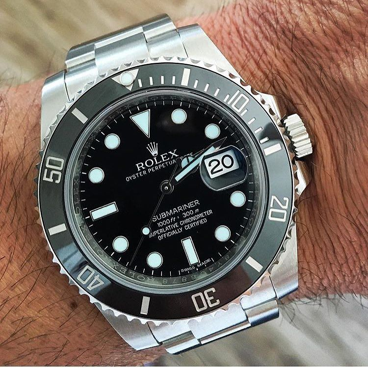 Divers Watch  The Rolex Submariner 116610 with ceramic bezel (officially… 84a320e374d