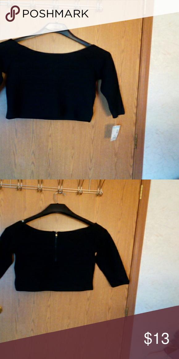 Dressy  spandex blouse 3/4 sleeve New never worn BONGO Tops Crop Tops