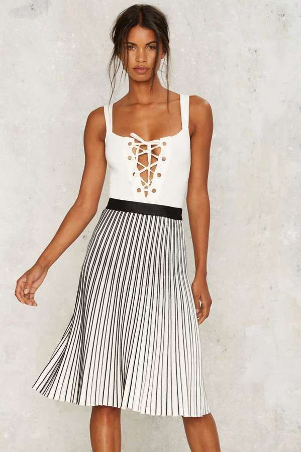 https://goo.gl/qJB9j9 #style #blogger #fashion Factory Selina Pleated Skirt