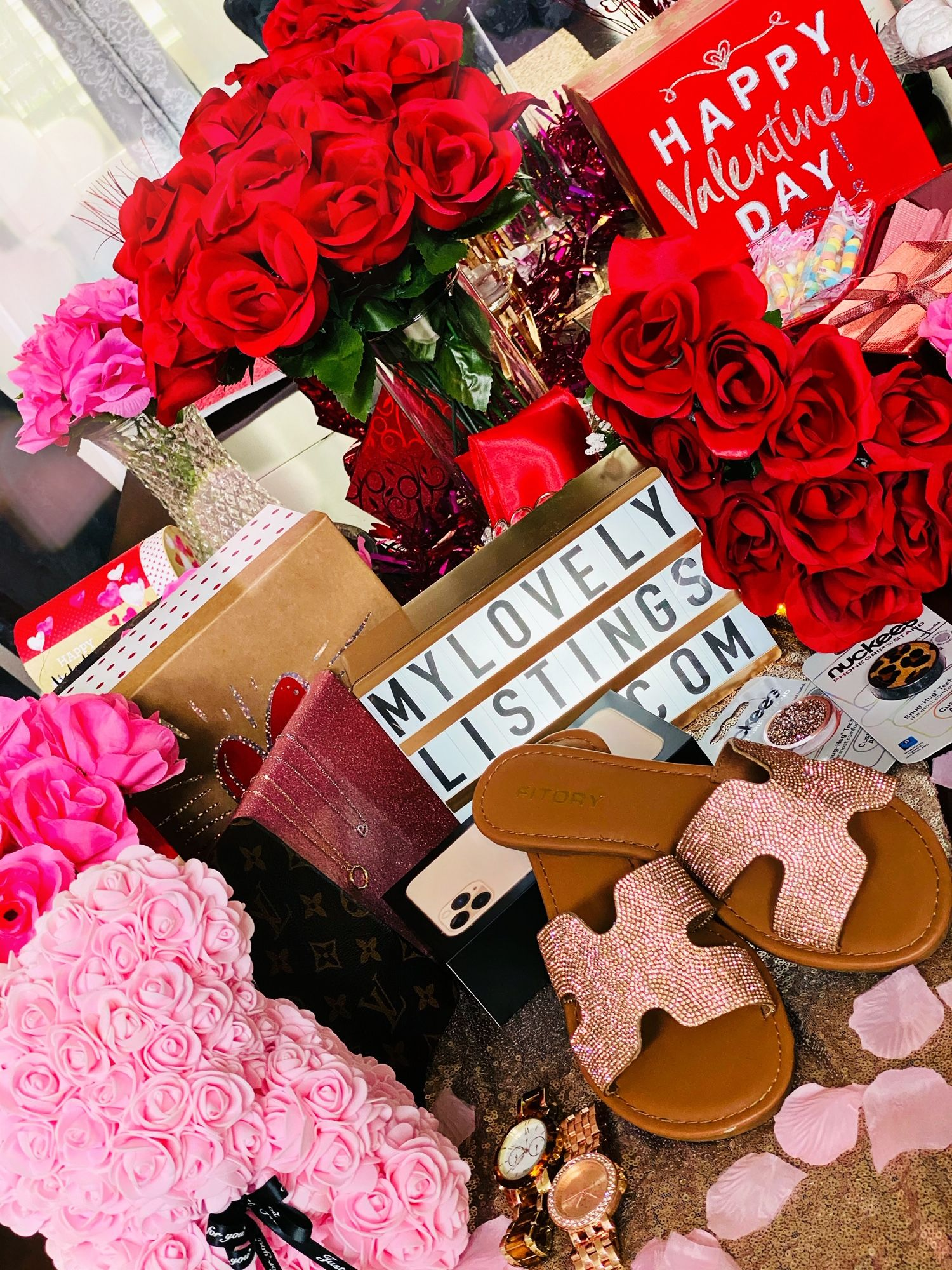 Affordable luxurious valentines day gifts under 30 in