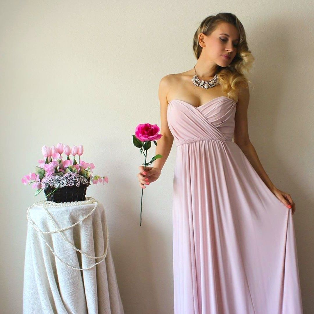 Where can i rent a wedding dress  We are swooning over Natalie Aley in our blush convertible Twist