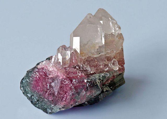 Ship of Fools, Crystals of Quartz Sailing a Tourmaline / Mineral Friends