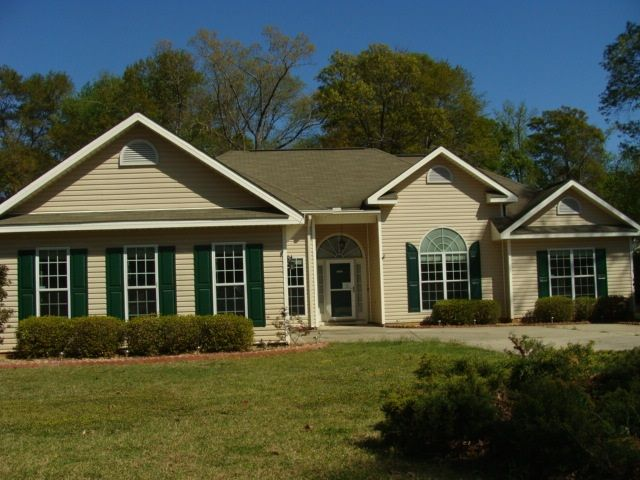 Homes For Sale In Byron Ga Under 150k Home Military Housing House Styles