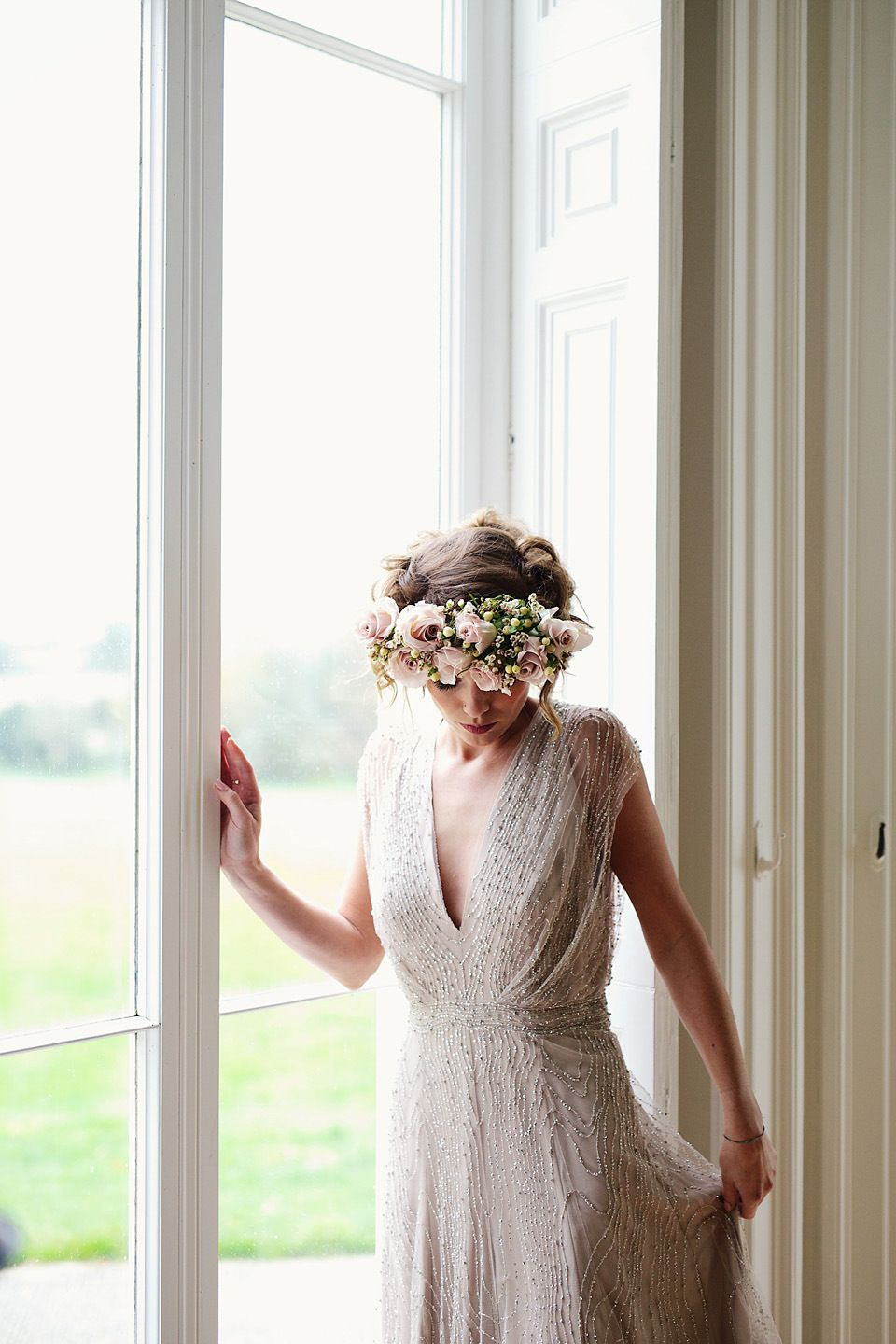 Curious and Quirky Meets Glamorous and Elegant Wedding Day Style ...