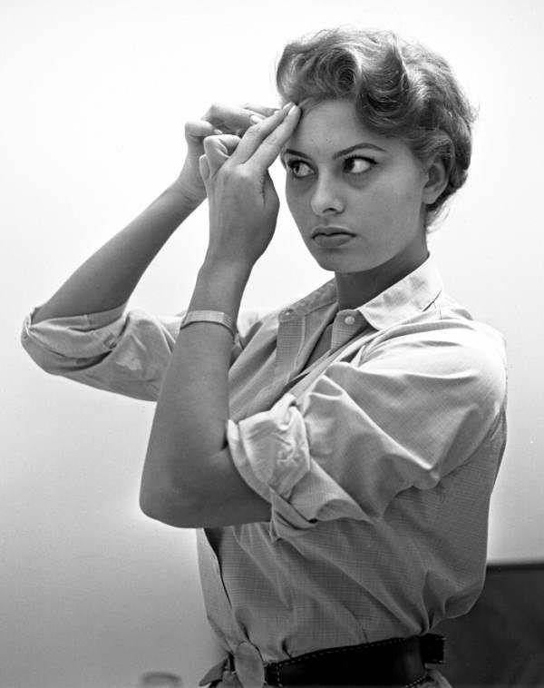 1960 S Short Haircuts Women My 1960s Wardrobe Pinterest Sophia