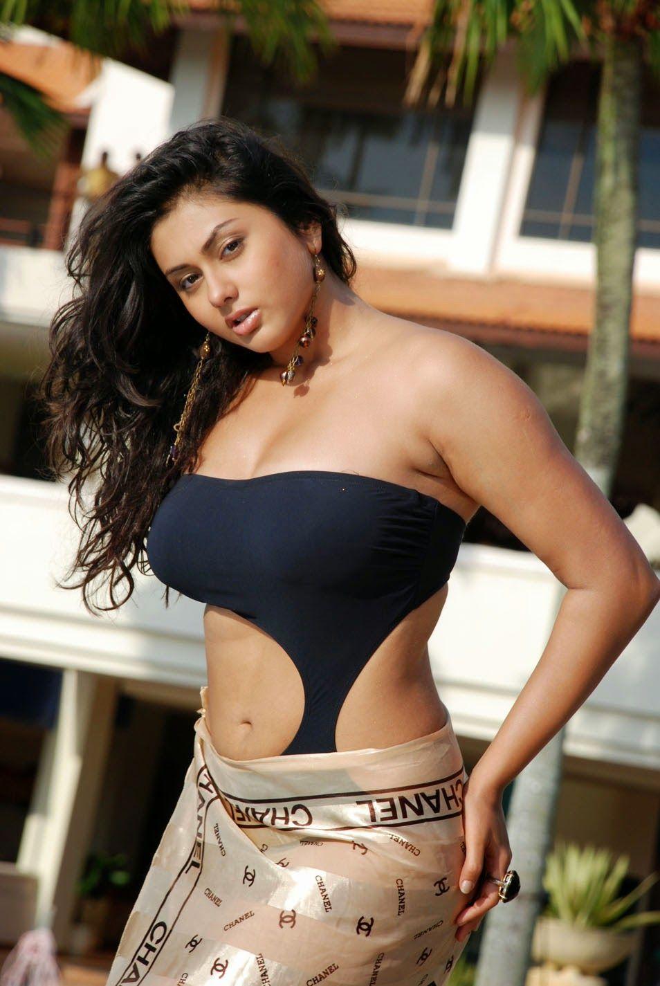 Oolal Actress Namitha Hot And Sexy Dresses