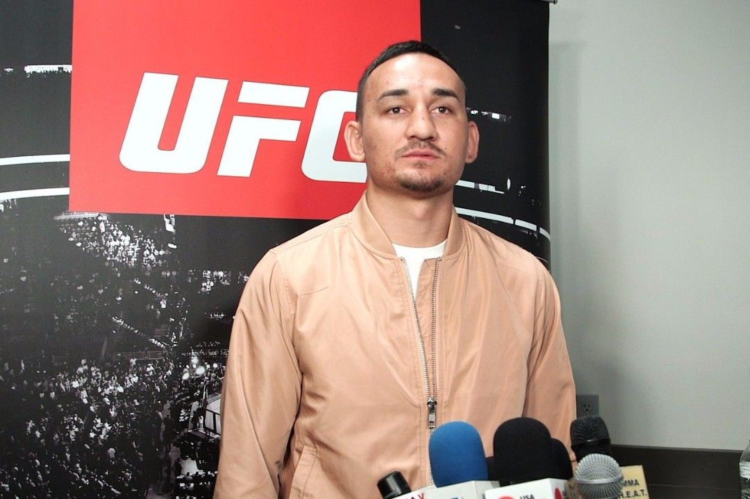 UFC fw #champion @blessedmma says the UFC and Dana White are the real winners of #mayweathermcgregor as they will get more viewership and sponsors from the deal long term than McGregor will get overall even though he's doing the fighting.  MMA fans we have to agree with fw champ on this do you all agree?  http://ift.tt/2r1Pv4u  #mma news #ufc news #bjj #bjjgirls #love #instagood #mmahypewatch #conormcgregor #rondarousey #ronda rousey #boxing #taekwondo #silat #conor McGregor #wrestling #kickboxing #mma hype watch #tumblr #picoftheday #love #instamood #maxholloway