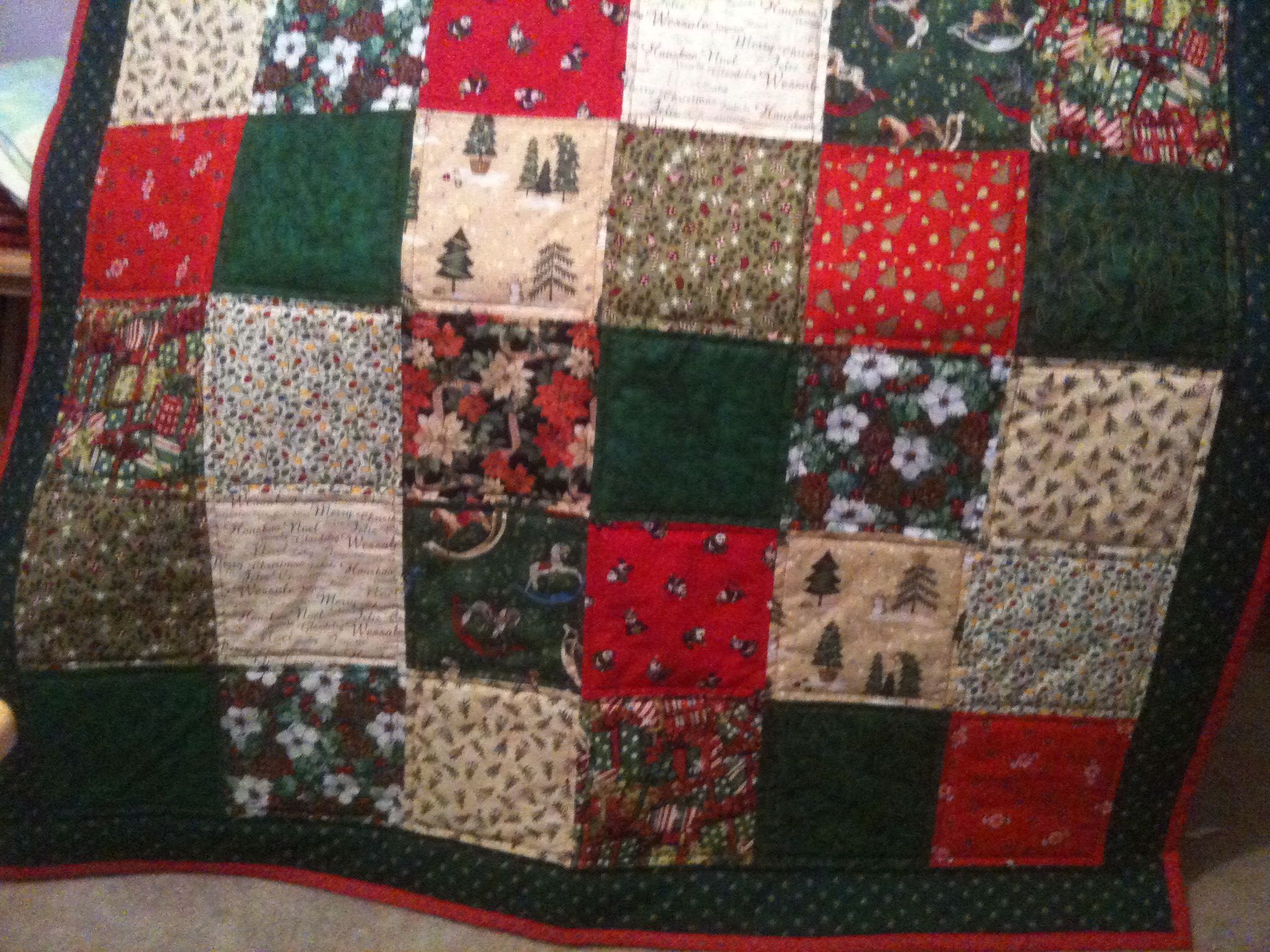 Decorations : Christmas Quilts For Decoration Furniture Ideas ...