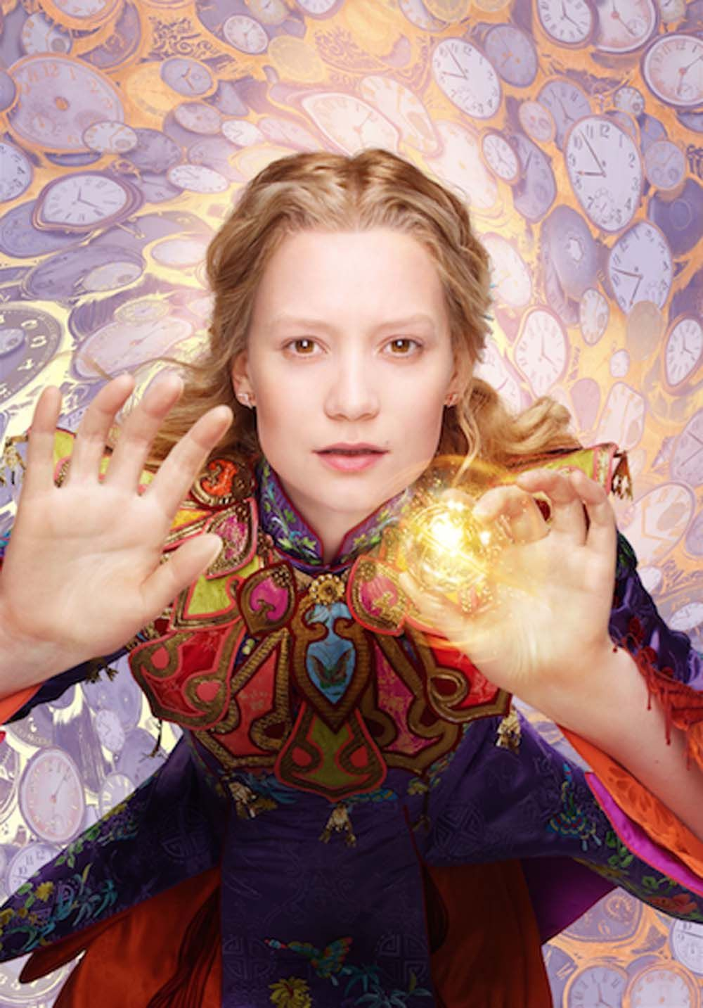 New Alice Through The Looking Glass Images Get A Closer Look At