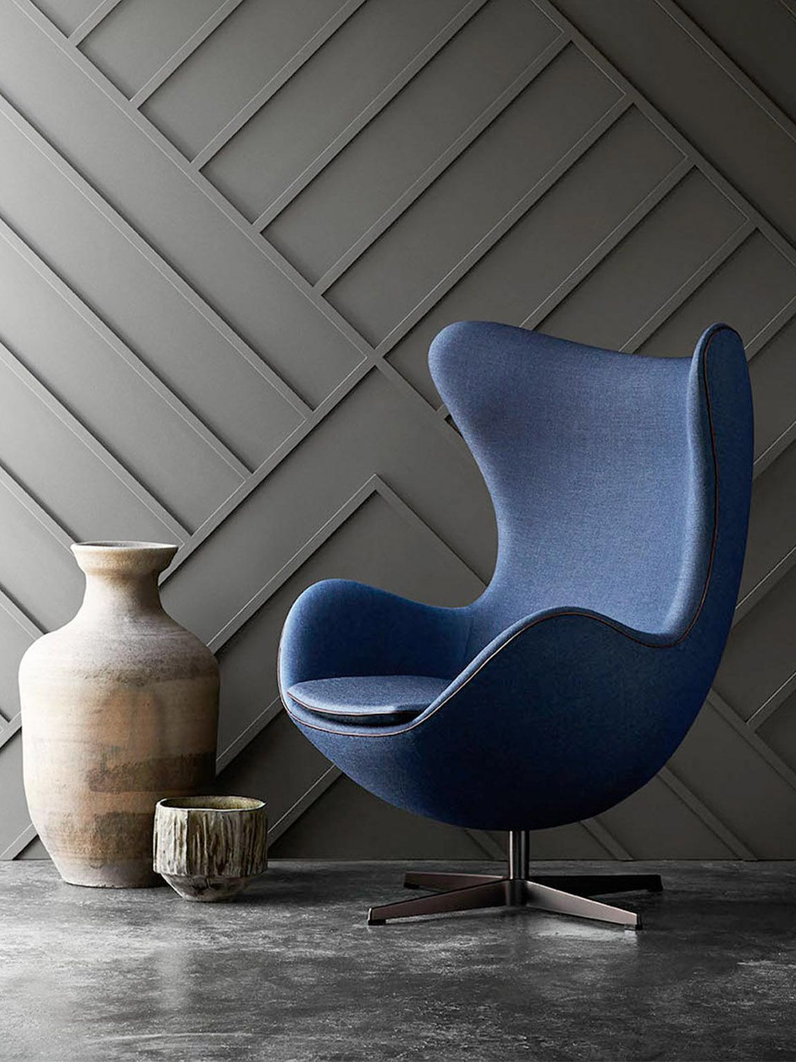 egg chair arne jacobsen i 39 m likeing the rear wall. Black Bedroom Furniture Sets. Home Design Ideas