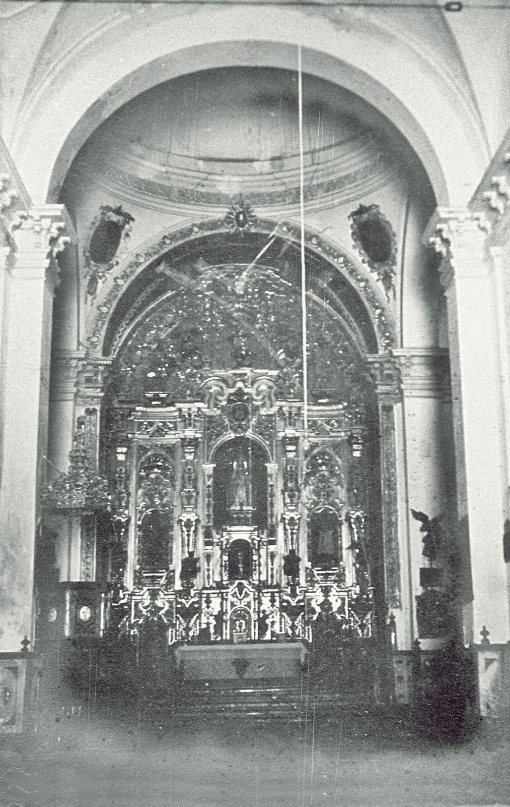 Interior De La Desaparecida Iglesia De La Victoria Estepa  # Muebles Leiva Sevilla