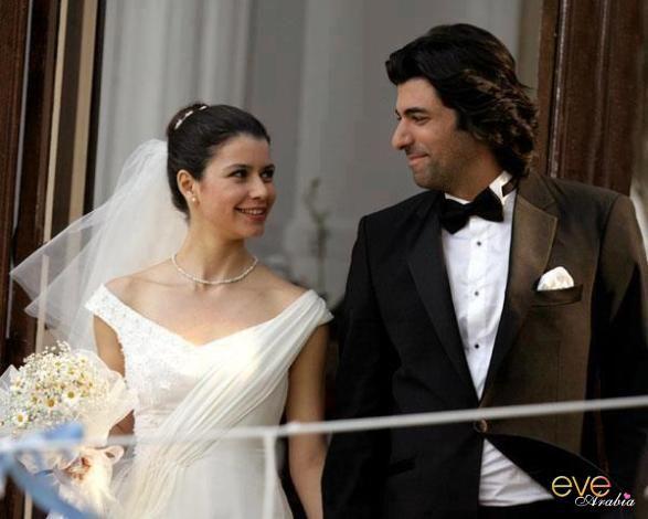 فاطمة وكريم أشهر ثنائى فى تلك الأيام بسبب المسلسل التركى فاطمة غول الذى يعرض الأن ويجذب الجميع Strapless Wedding Dress One Shoulder Wedding Dress Bridal Gowns