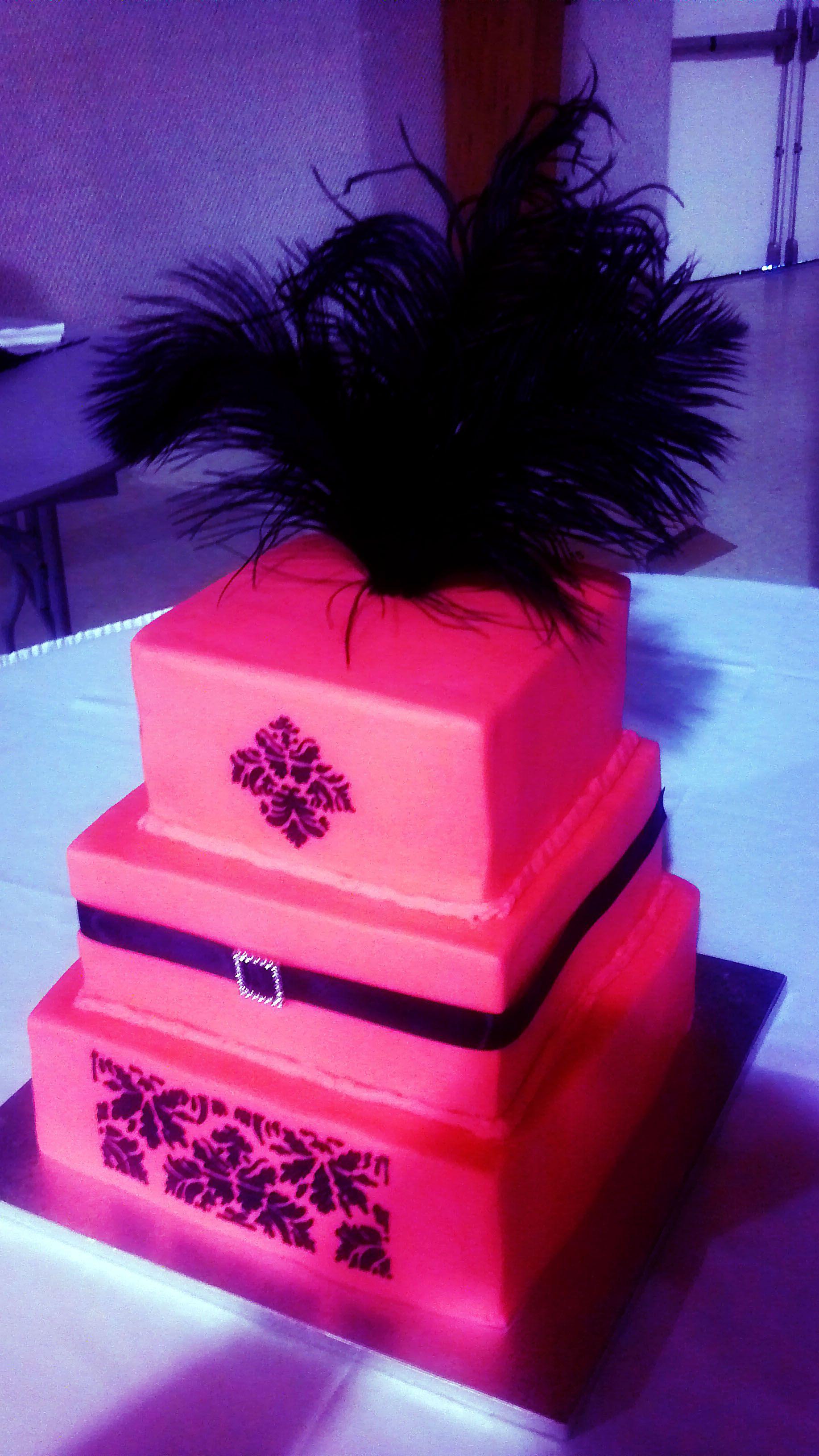Pink Black Feather Wedding   black and pink wedding   Pinterest ...