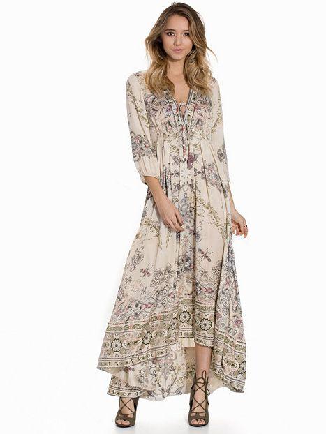 d8157acbd72a Shoppa Another Day Dress - Online Hos Nelly.com   Fashion   Odd ...