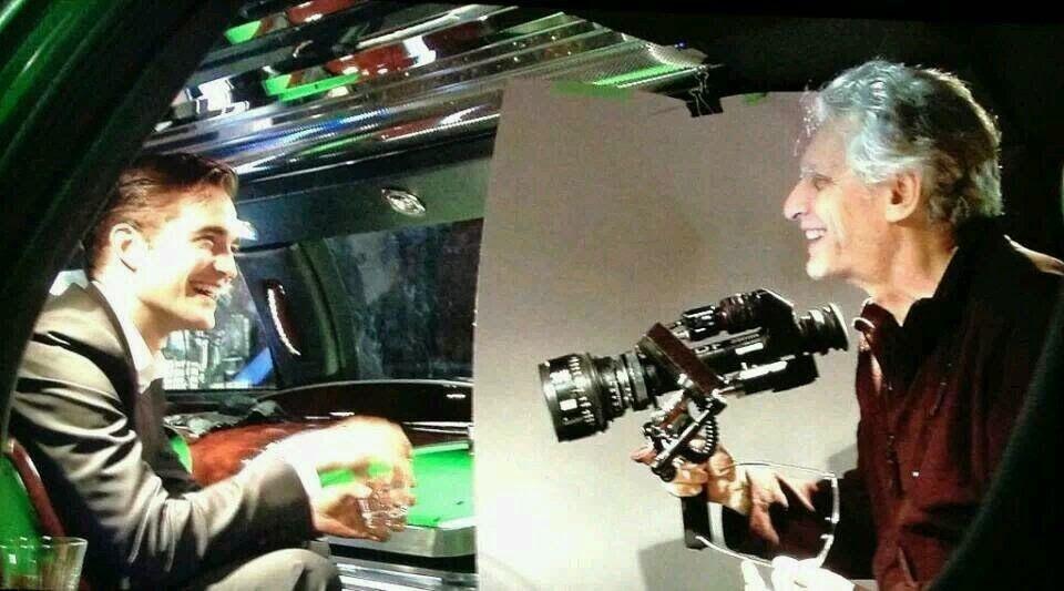Hollywood News: Nova / velha foto de Rob e David Cronenberg no set de Cosmópolis!