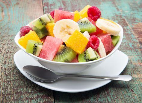 Nous vous avons demandé vos meilleures astuces pour donner goût et originalité à votre salade de fruits. Voici vos meilleures idées.