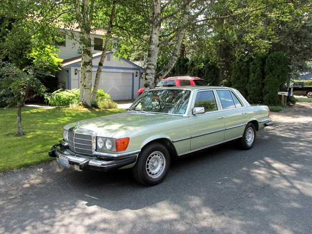 Seattle's Classics: 1980 Mercedes-Benz 300SD