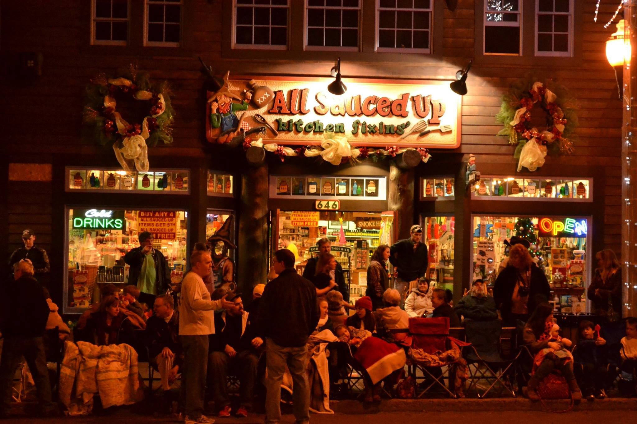 Friday visitors from all over the country will be gathered in downtown Gatlinburg for the Fantasy of Lights Parade! Are you going this year?