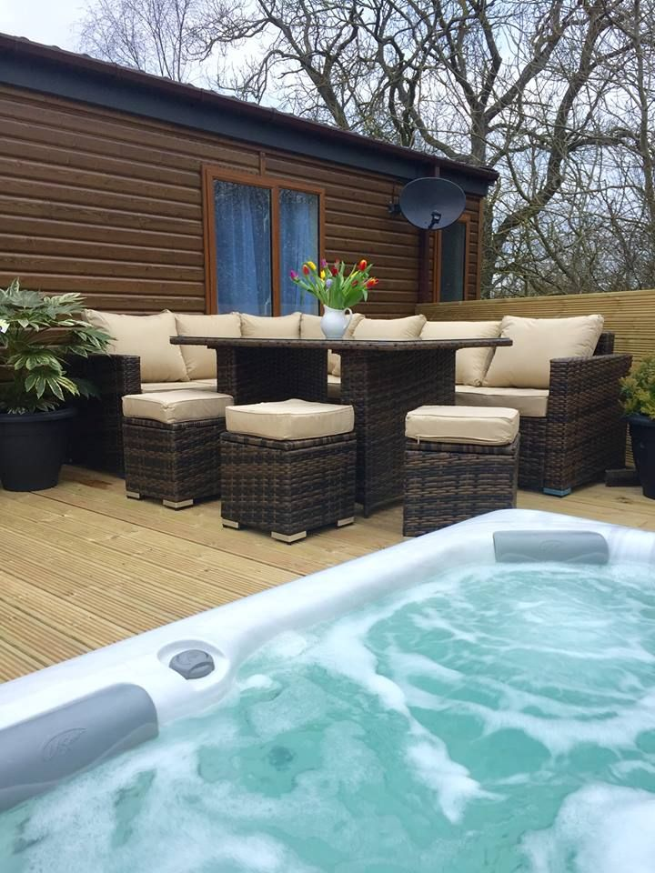 New Outdoor Furniture At Woodys Lodge Spacious Wrap Around