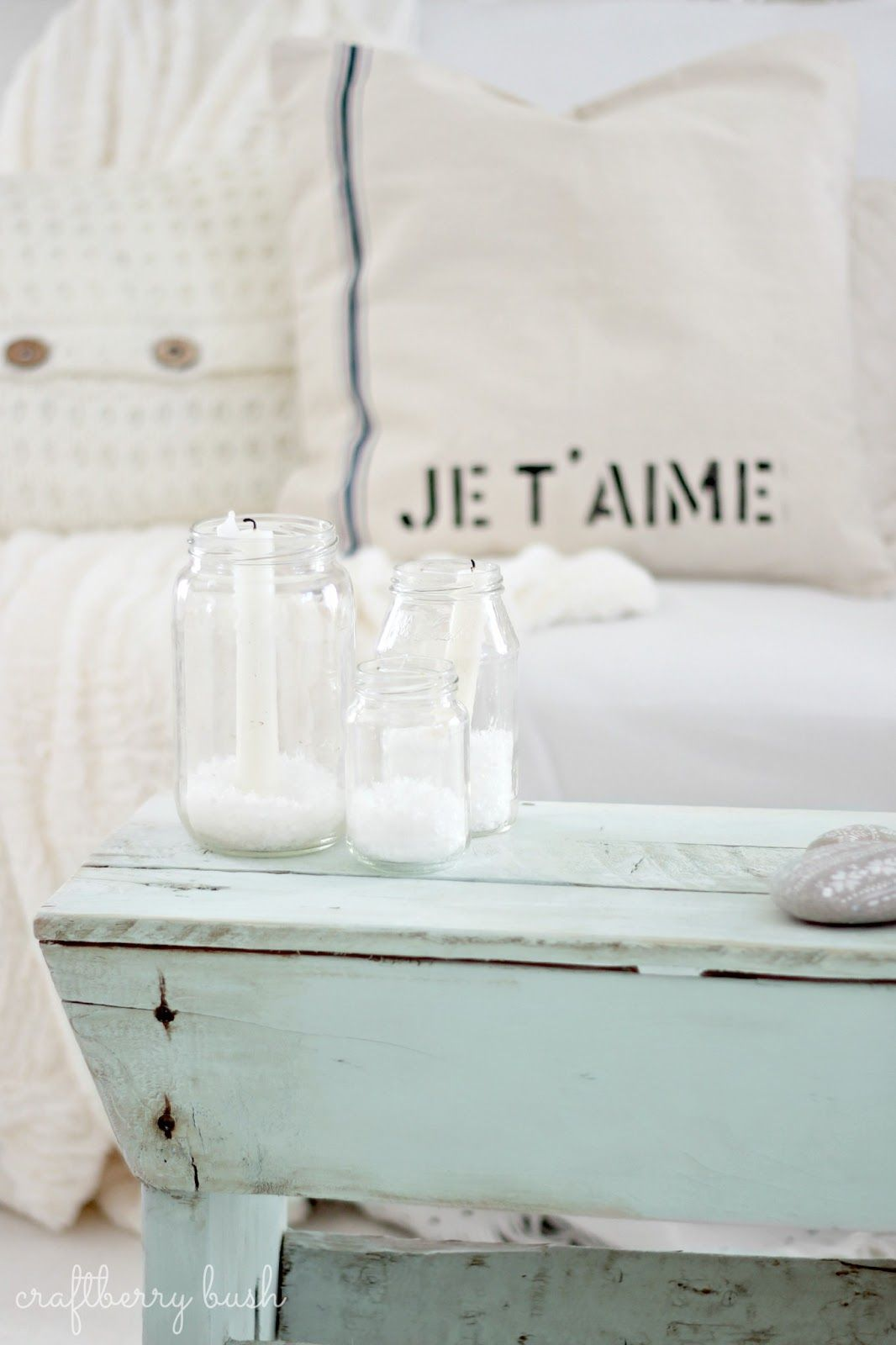 je t aime cushion and chippy faded blue paint more and more rh pinterest com