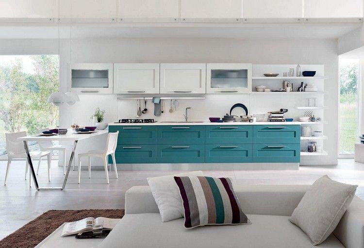 weiße Oberschränke, blaue Unterschränke - Gallery von Cucine ...