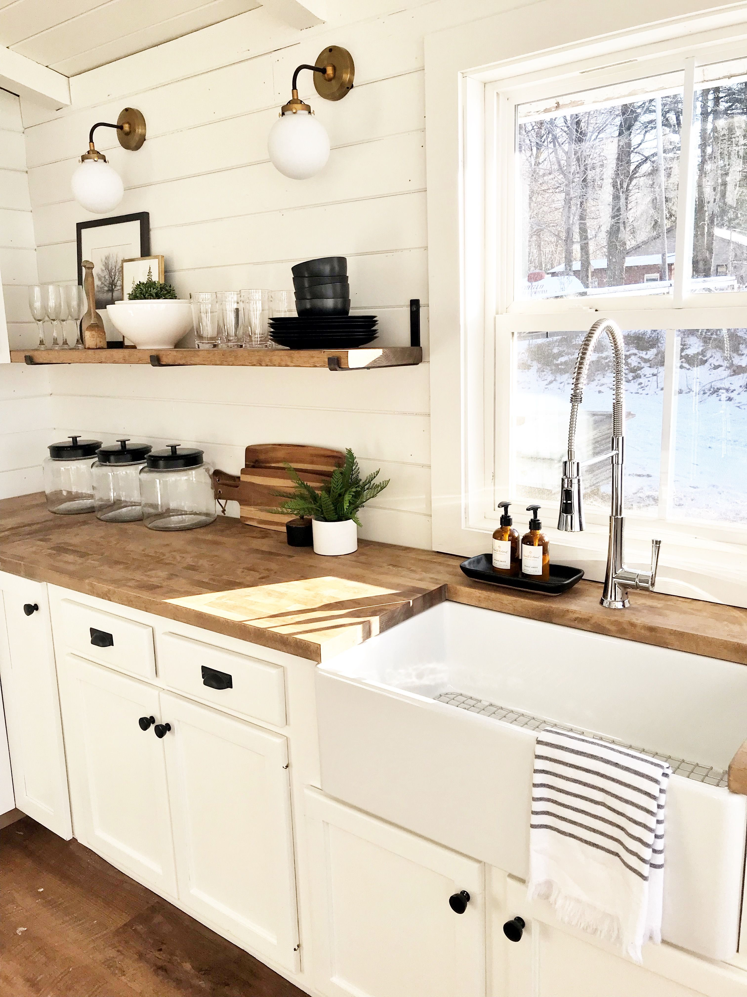 CABIN KITCHEN REVEAL WITH OUR SINKOLOGY SINK