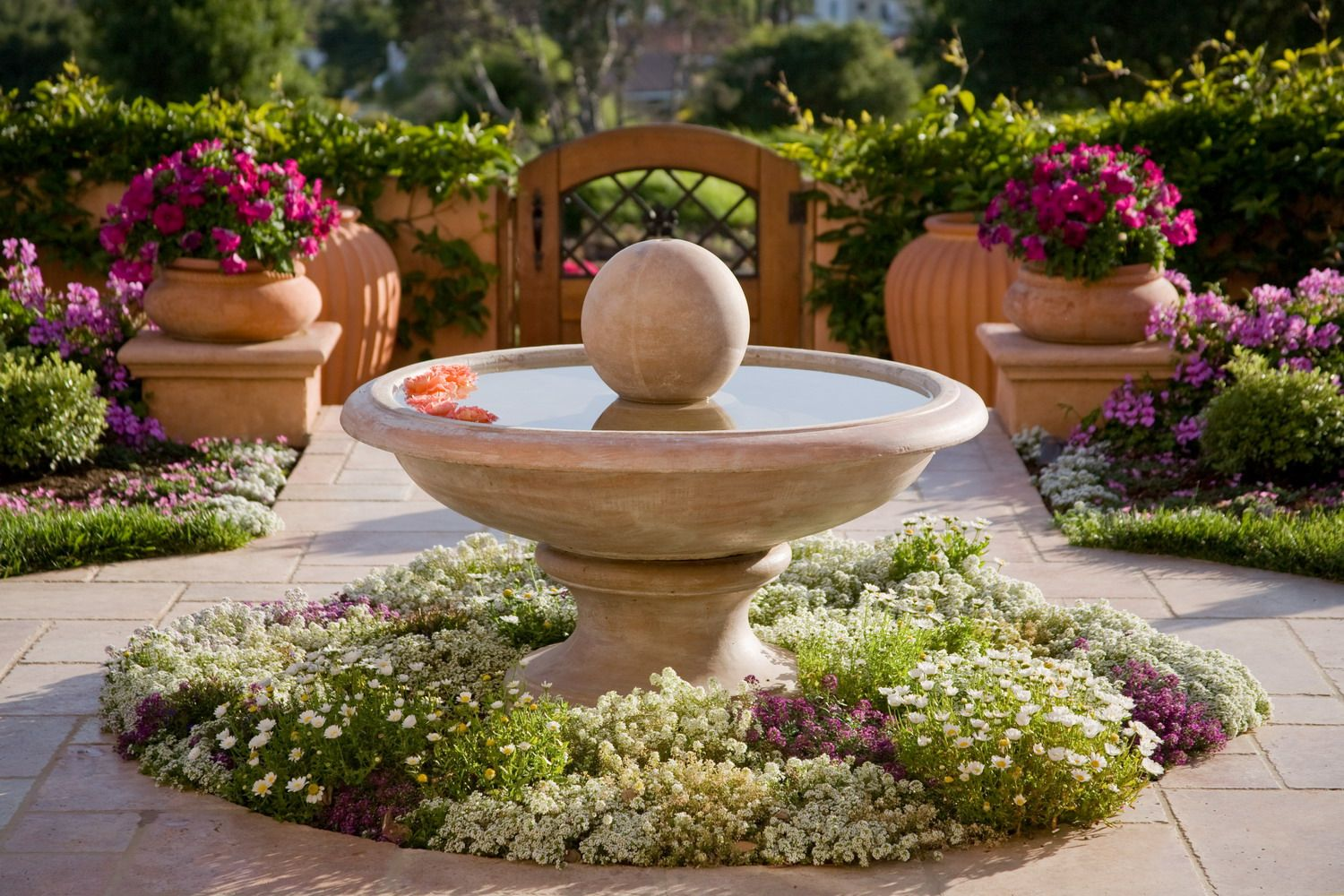 In home garden ideas  Many people see organic gardening as a way to contribute to the safe
