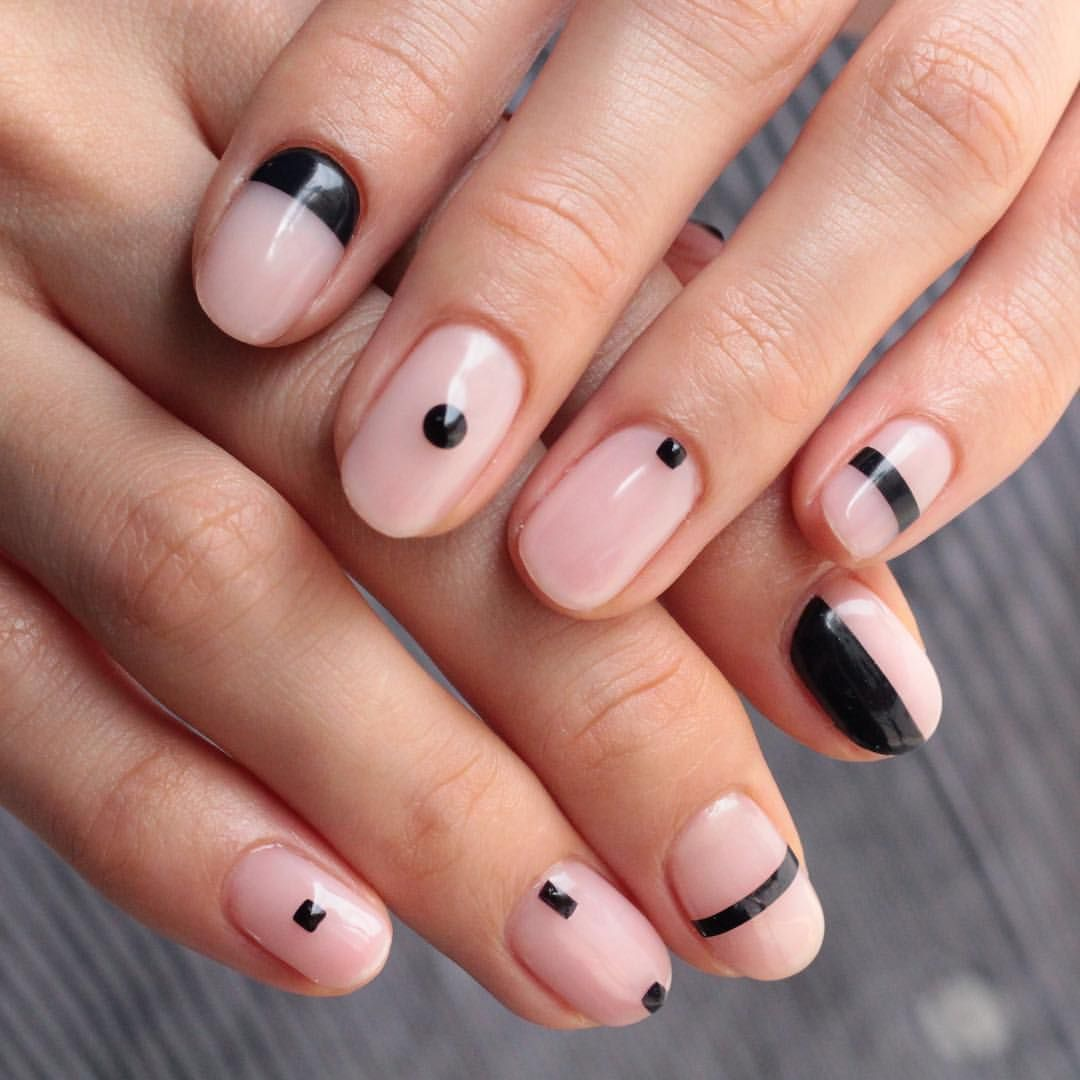 AWESOME Minimalist nail art idea negative