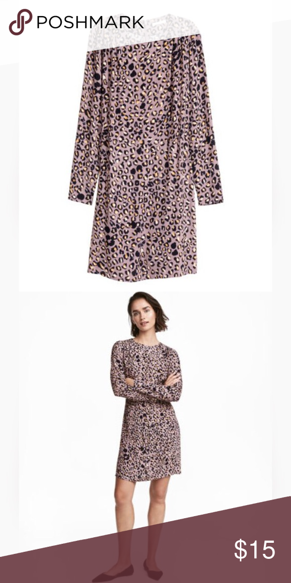 26bae2e91e9c H&M Purple Leopard Print Dress size 6 Long sleeved dress in a woven crepe  fabric with a printed pattern. Pleats at shoulders, concealed zip at back,  ...