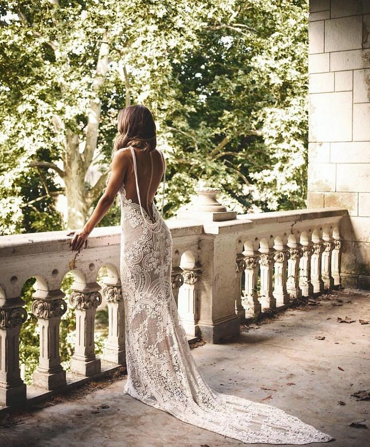 Beautiful Backless Wedding Dress | fabmood.com #weddingdress #weddingdresses #weddinggown #wedding #bridalgown #bridaldress