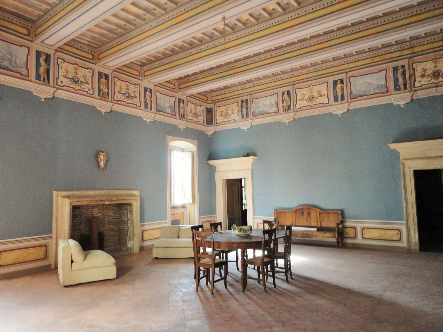 Luxury apartment for sale in Palazzo Cesi Appartamenti
