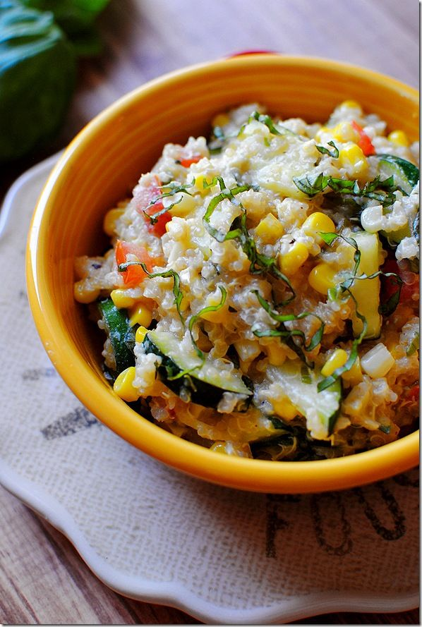 farmers' market skillet: fresh veggies, basil, feta cheese, and quinoa + lemon dressing. (use veg broth instead of chicken).