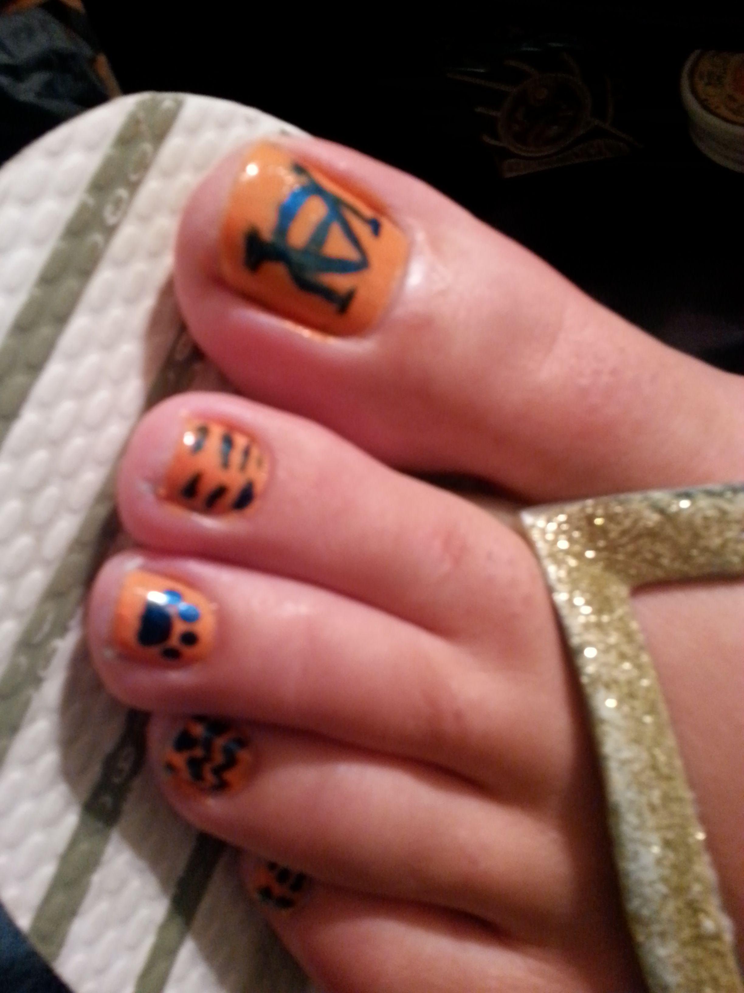 sgt1 auburn toes nails. football
