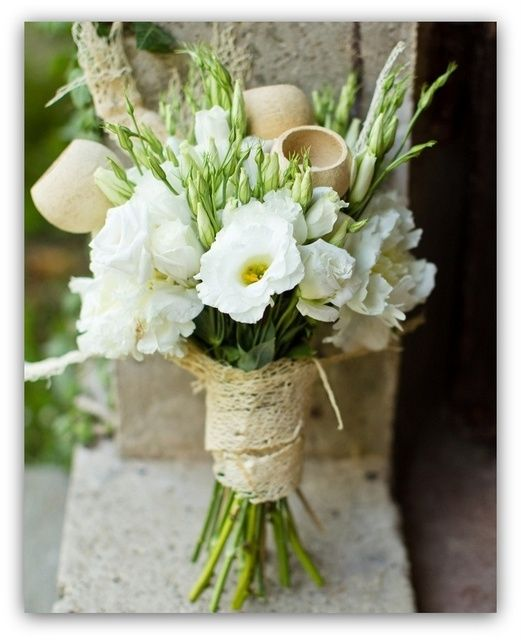 Eustoma Biala Rustic Wedding Flowers Wedding Flowers Summer Lisianthus Wedding Bouquet