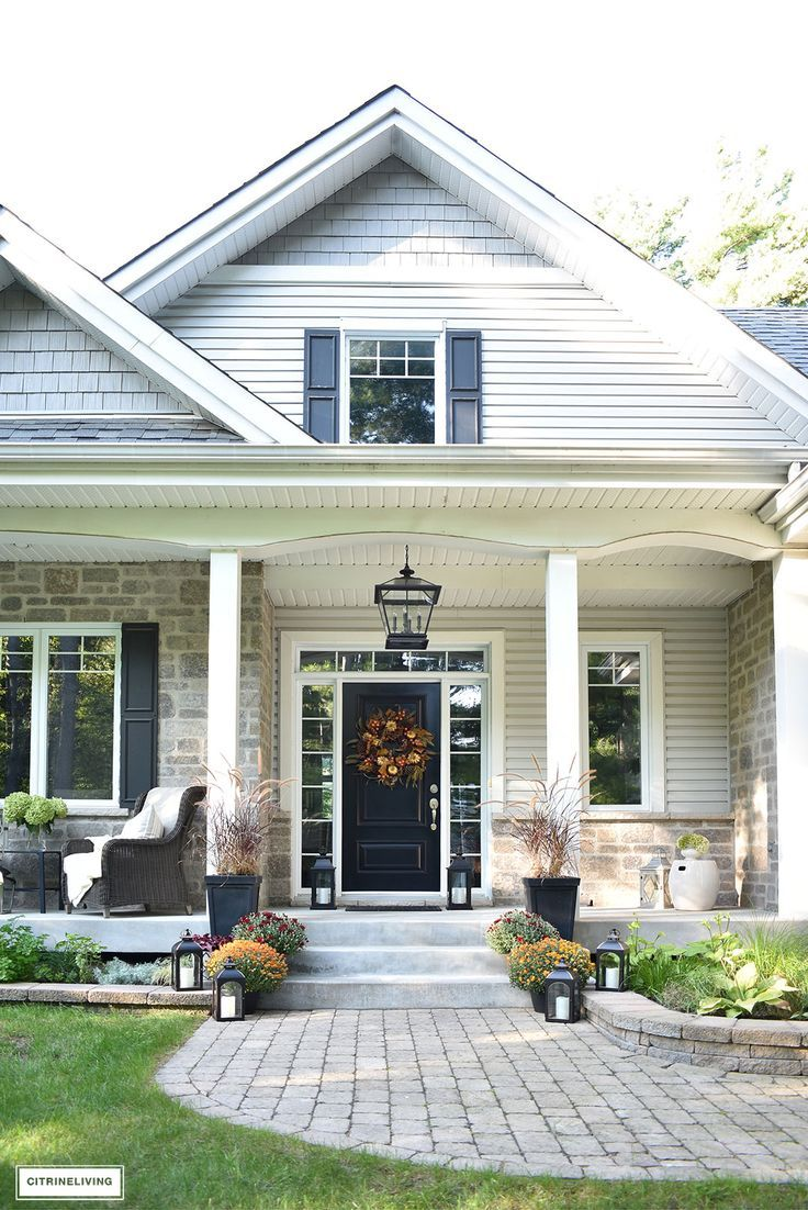 FRONT PORCH DECORATED FOR FALL - CITRINELIVING