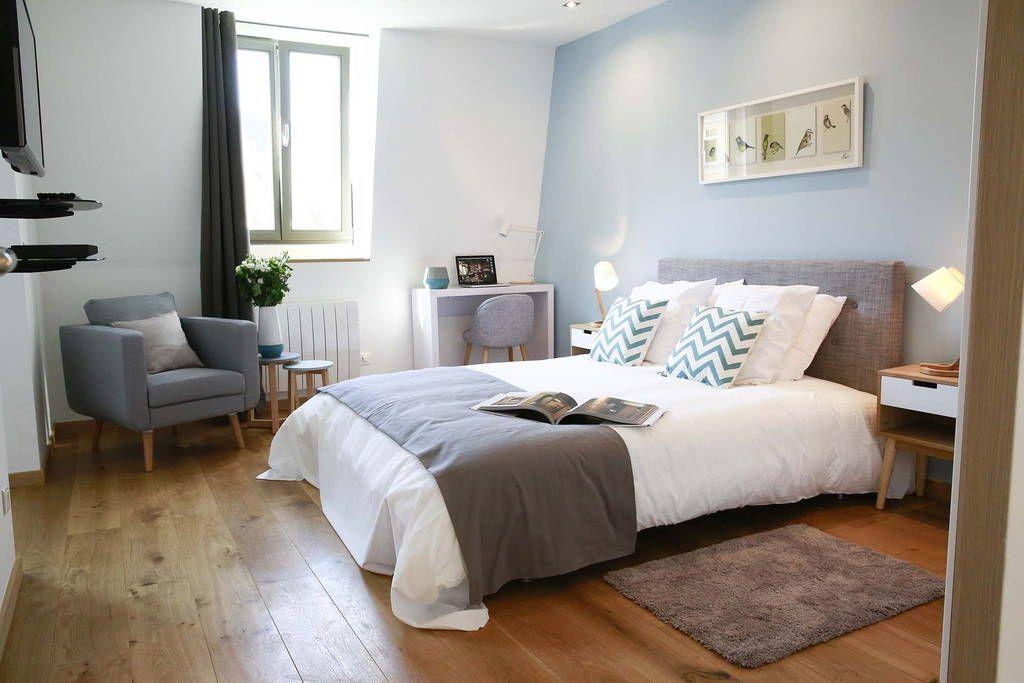 Regardez ce logement incroyable sur Airbnb  Studio Appartement - Le