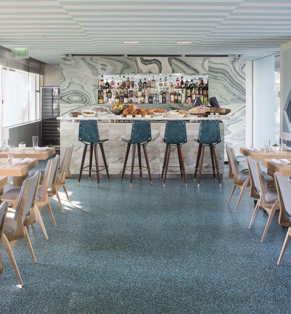 Kelly wearstler interiors viviane restaurant at the for Comedores almacenes paris