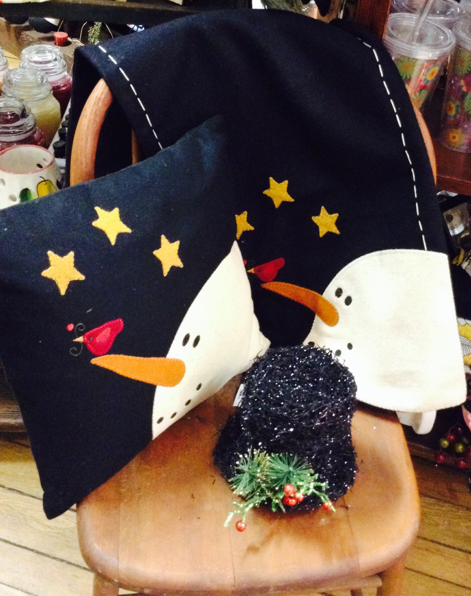 Adorable snowman light up hat, pillow, and table runner!