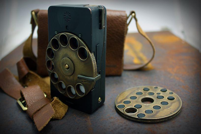 rotary mechanical smartphone case